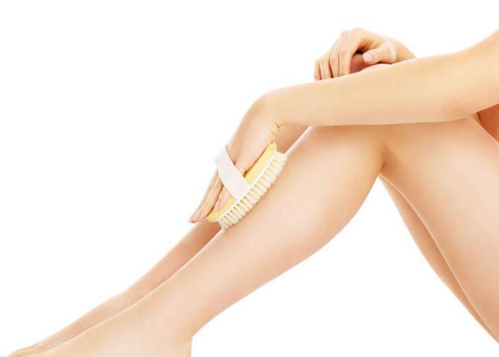 cepillarse la piel remedio contra la celulitis