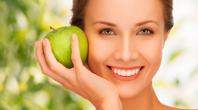 manzana para las ojeras