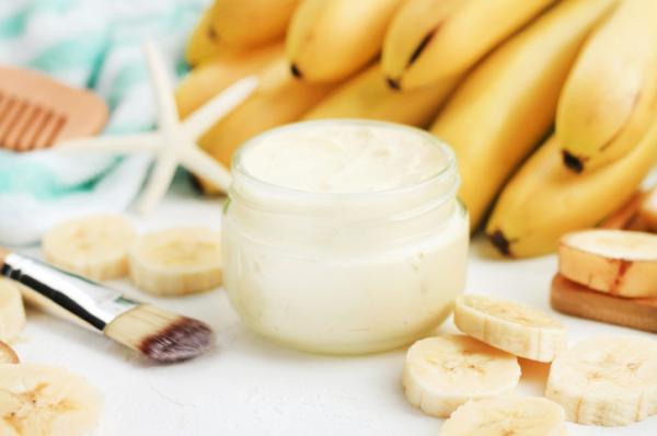 mascarilla de plátano y yogur