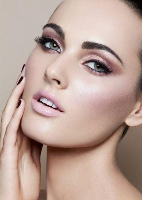 maquillaje rosa pastel