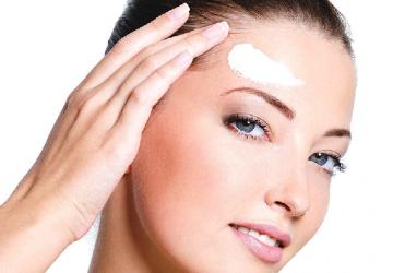 diferencia entre cremas antiarrugas y cremas antiedad