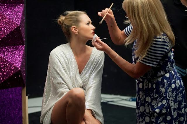 kate-moss-rimmel-holiday-2014-look