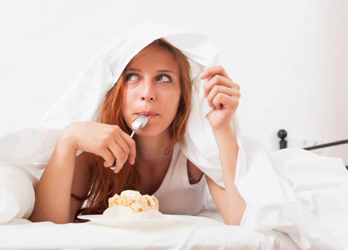 comer durante la noche