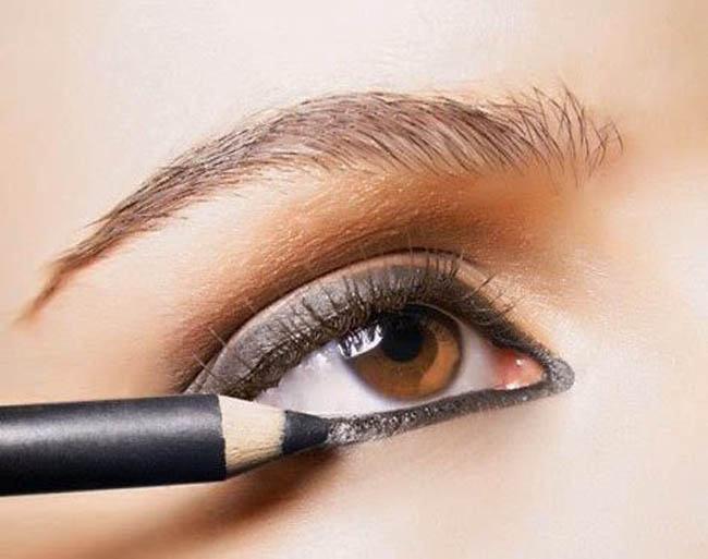 eyeliner en lápiz