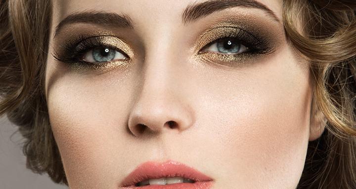 Ejemplo de maquillaje de noche