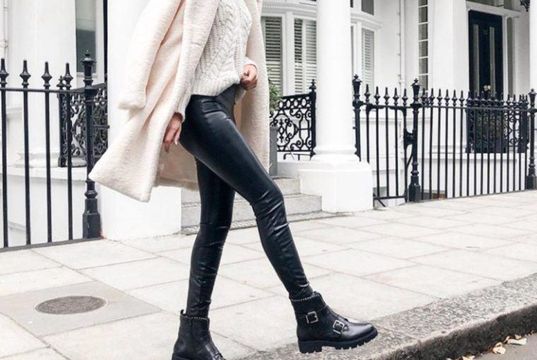 pantalones o leggins con efecto piel