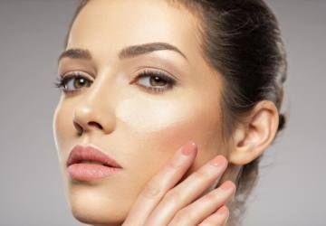 bases de maquillaje de cobertura ligera